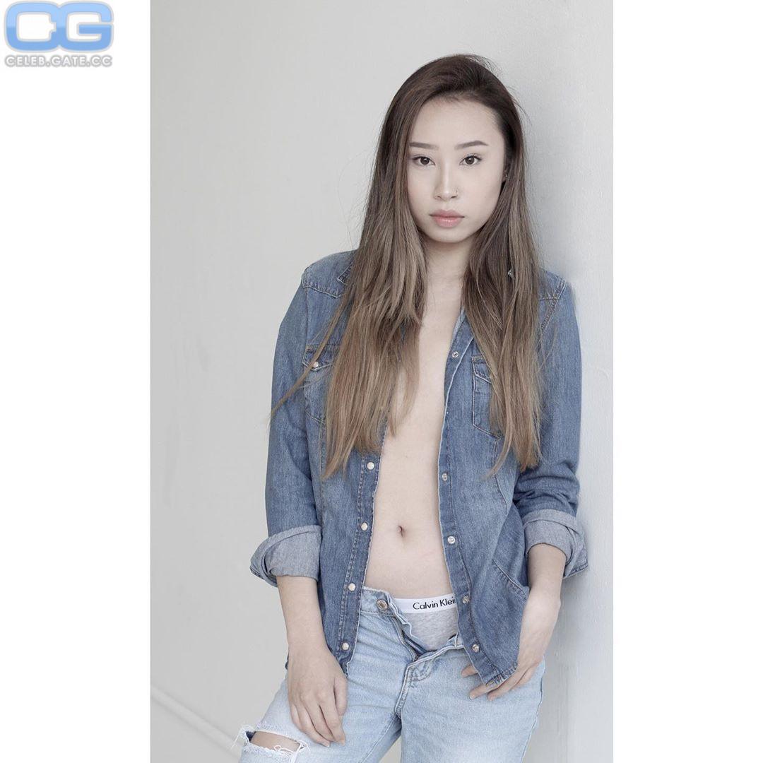 Zhu Zhu  nackt