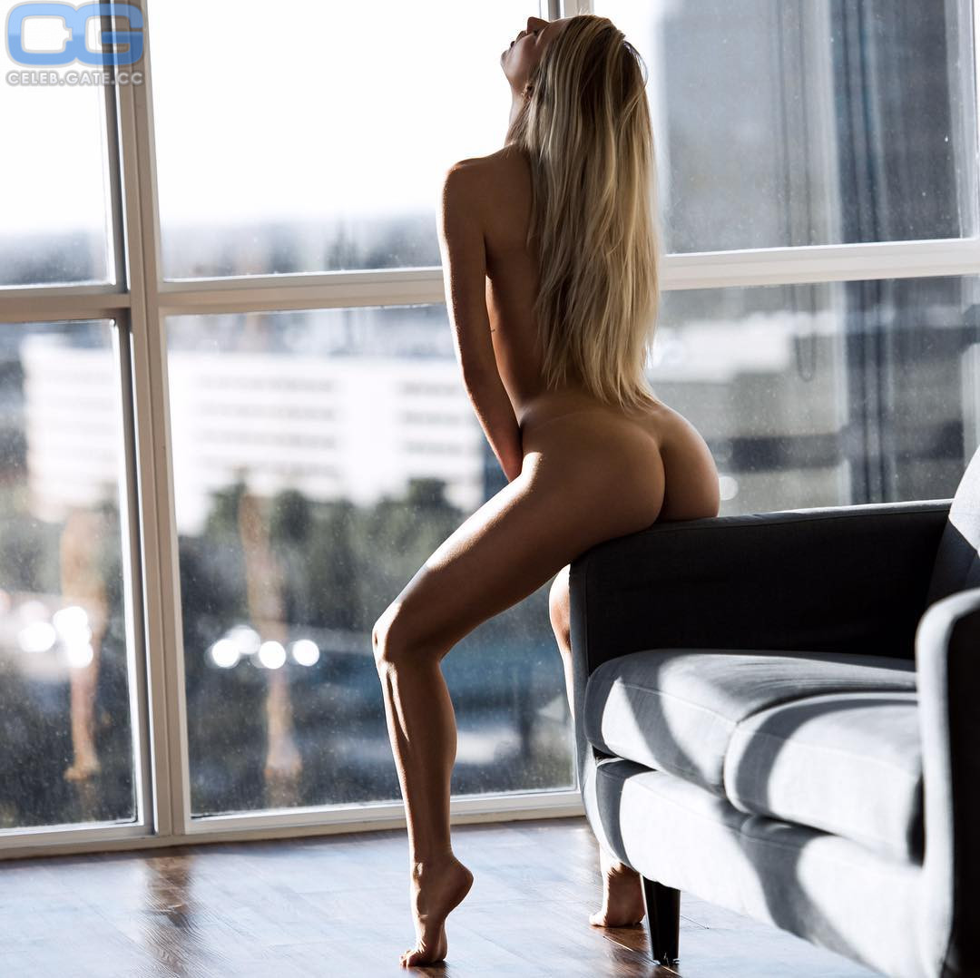 Kaylee Williams  nackt
