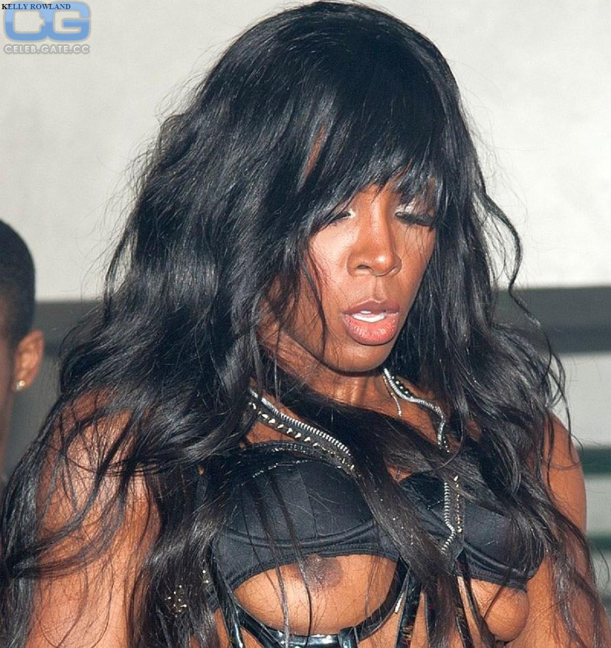 Kelly Rowland  nackt