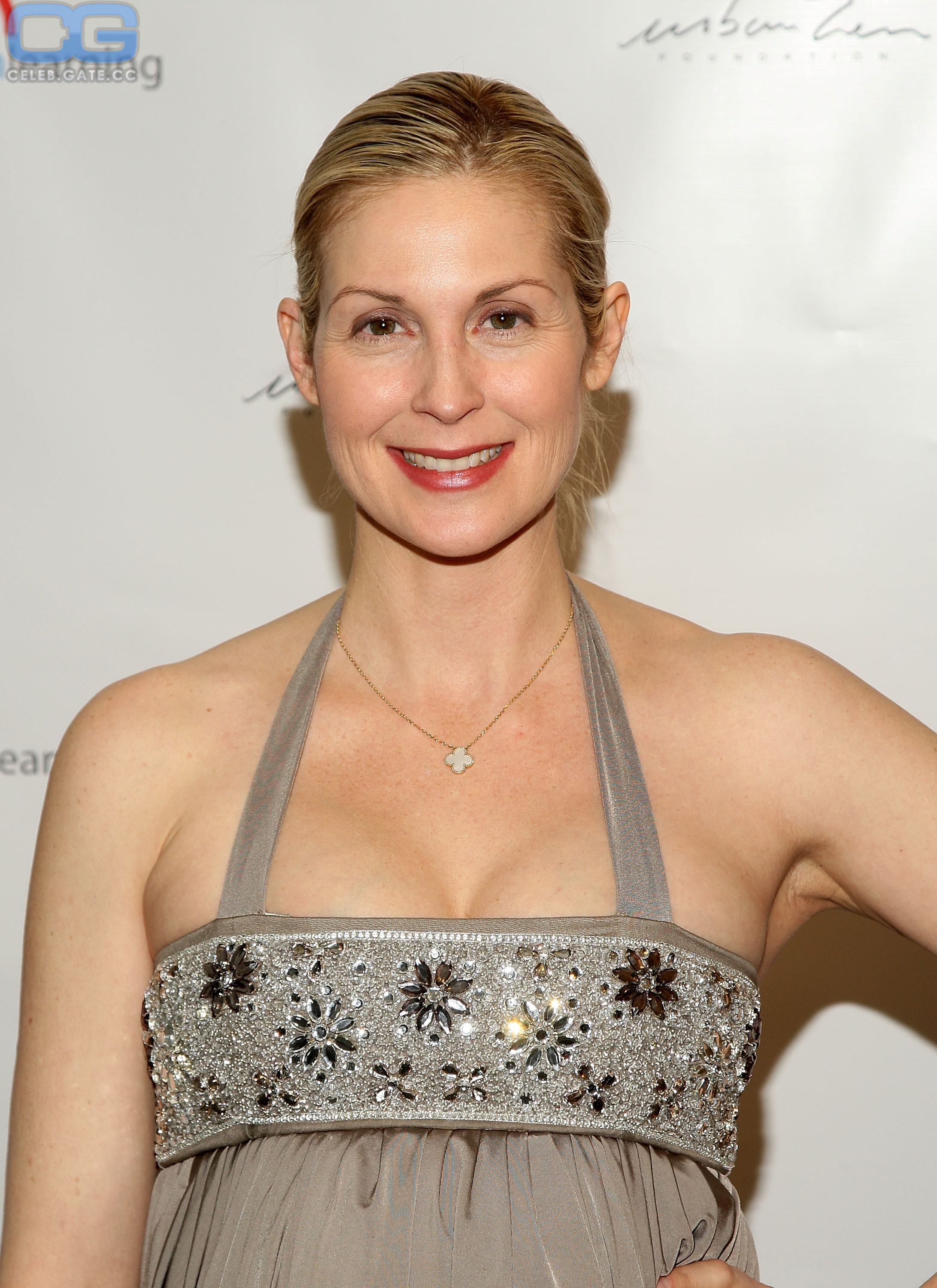 Kelly nackt Rutherford Kelly Rutherford