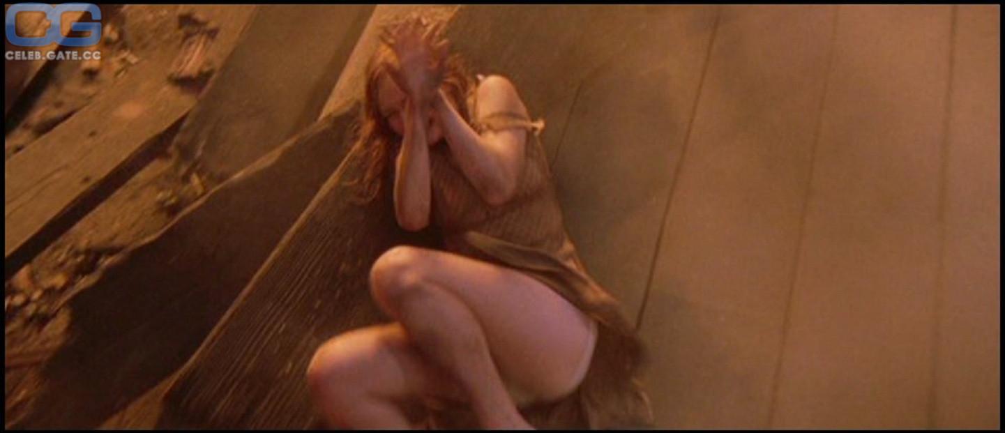 Dunst nude kirstin Jennifer Lawrence