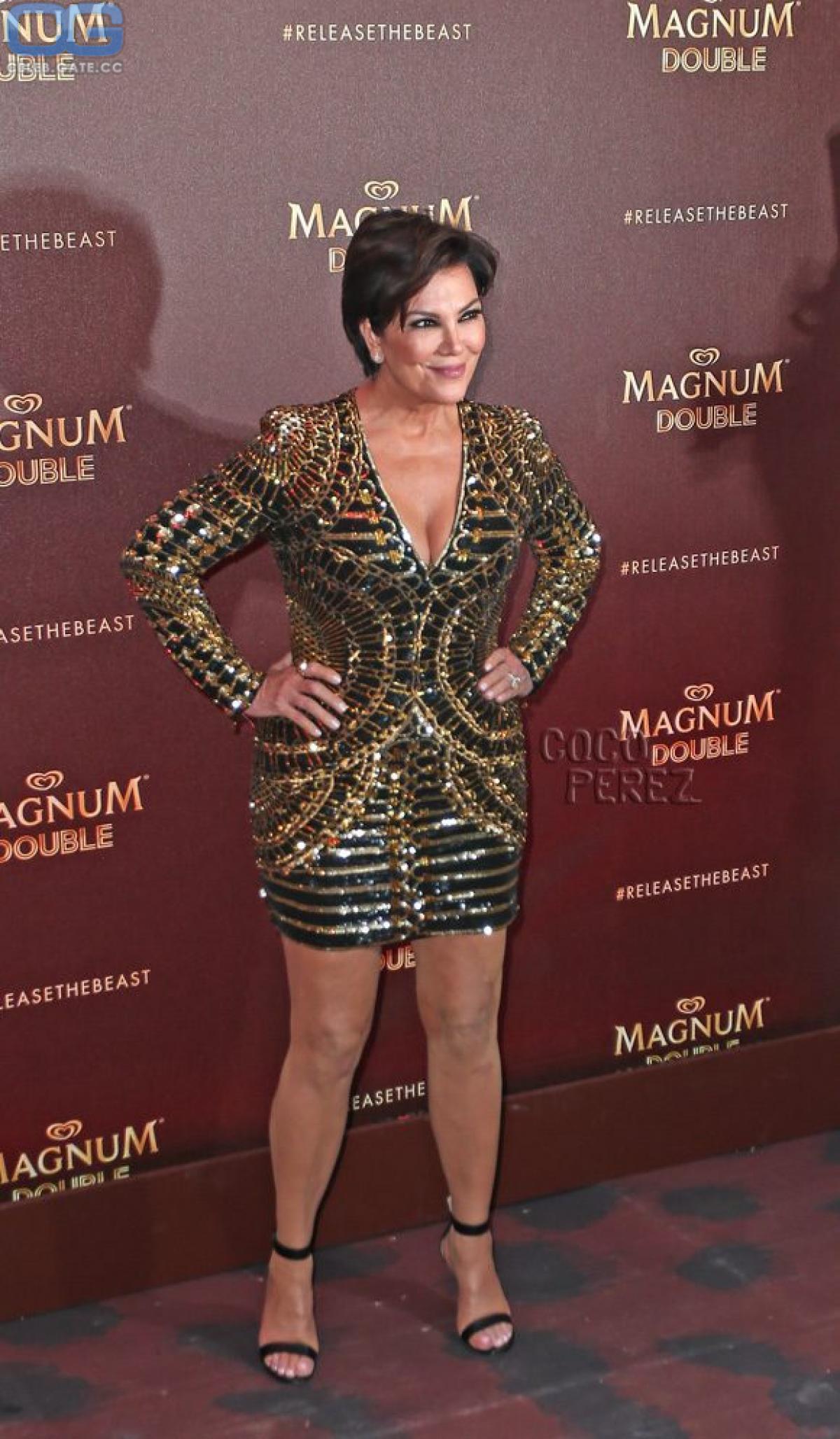 Nackt kris jenner Kylie Jenner
