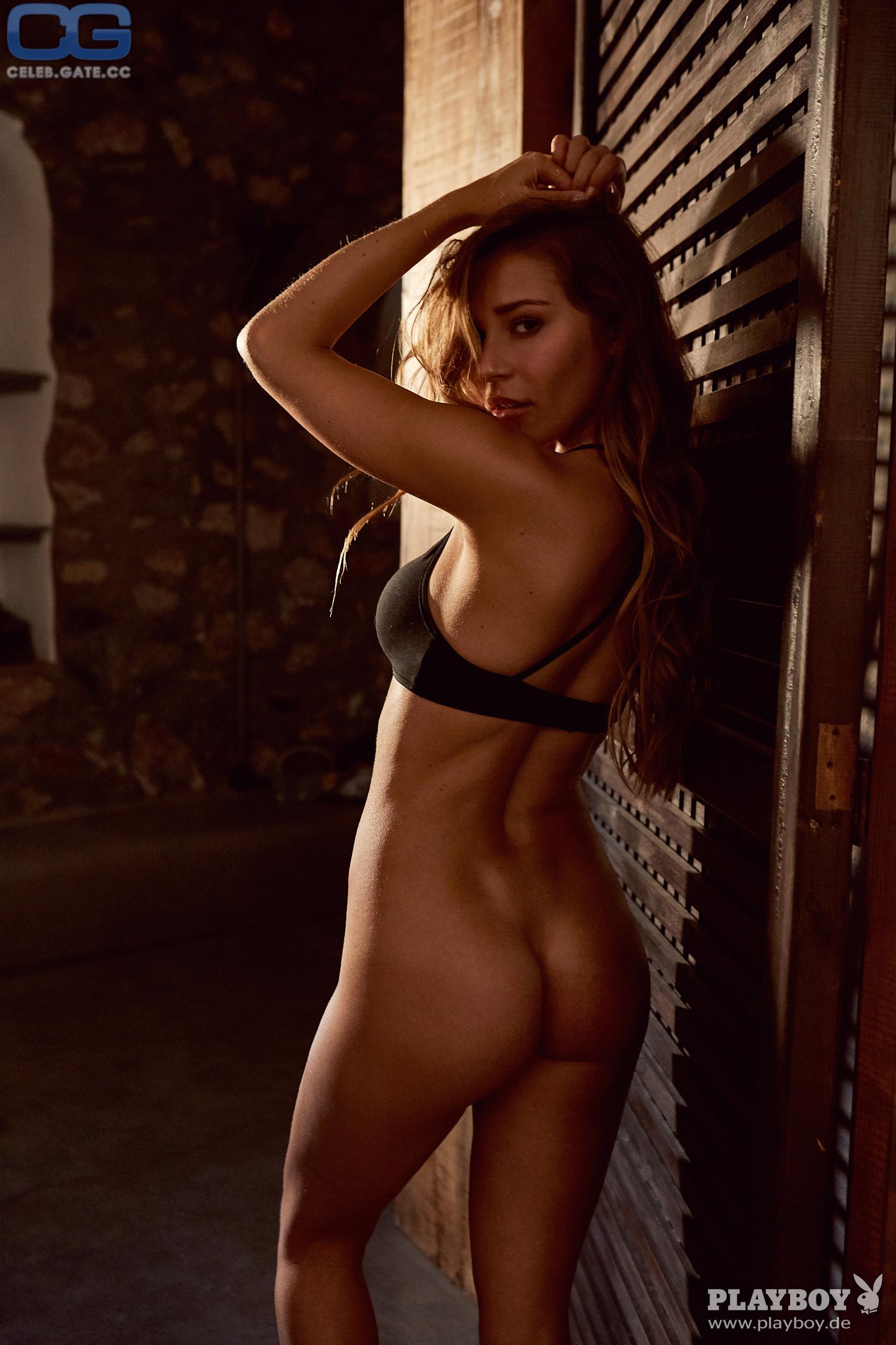 Kristina Levina  nackt