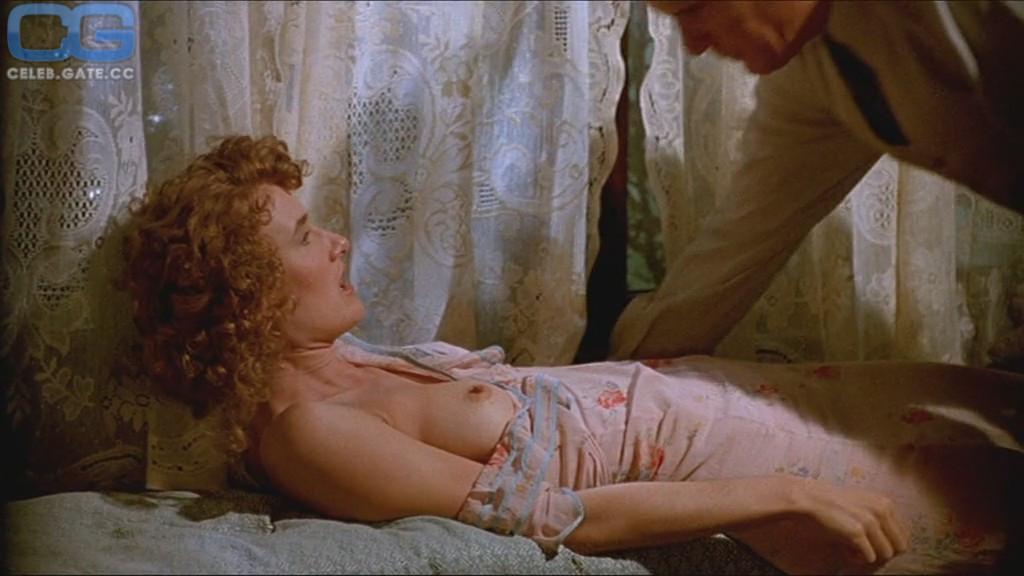 Laura Dern Nude