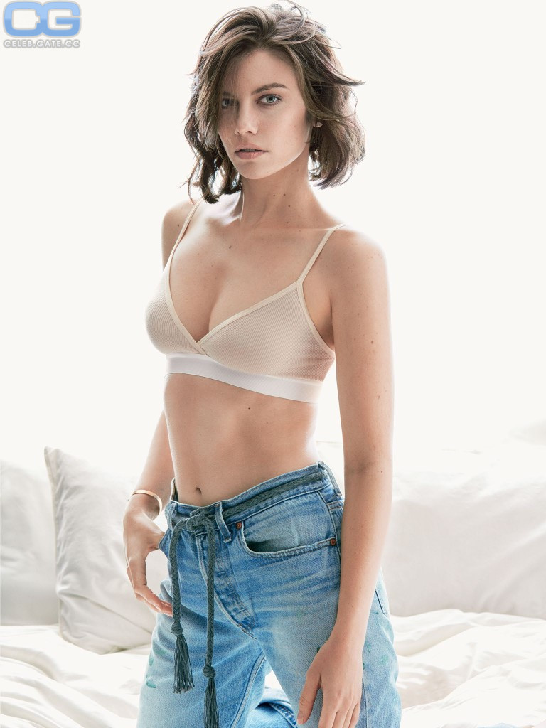 Lauren cohan tits