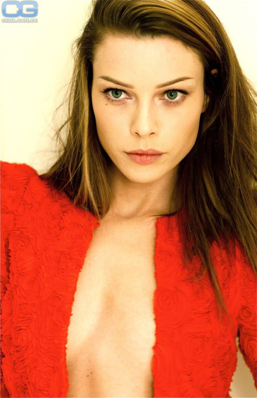 Lauren Furs  nackt