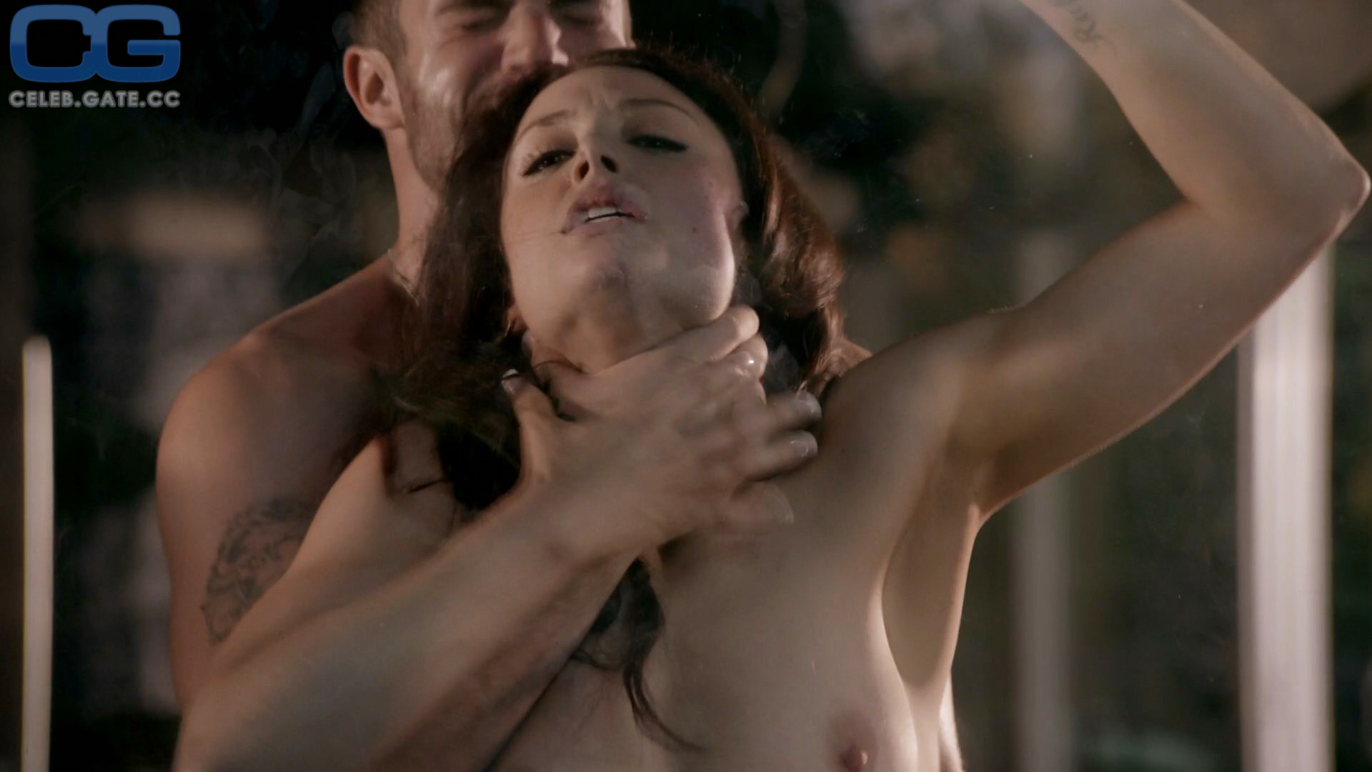 Gibson nackt Leah  Leah Gibson