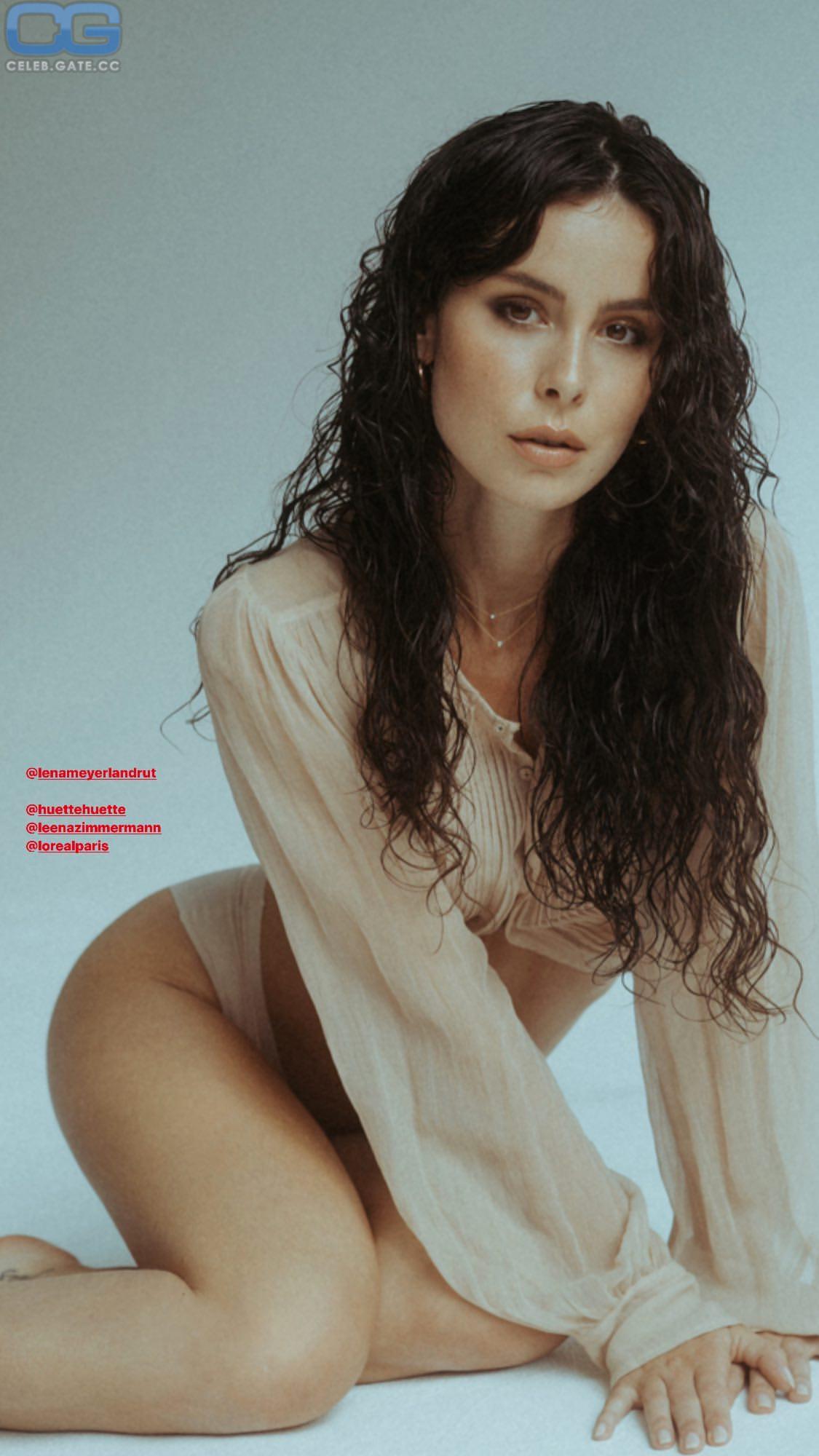 nackt Meyer-Landrut Lena 41 Sexiest