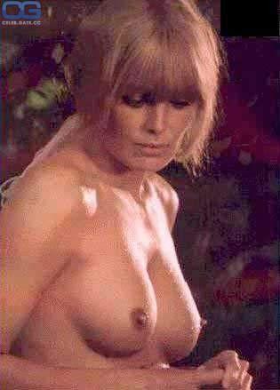 Hutton nackt Linda  Linda Hutton: