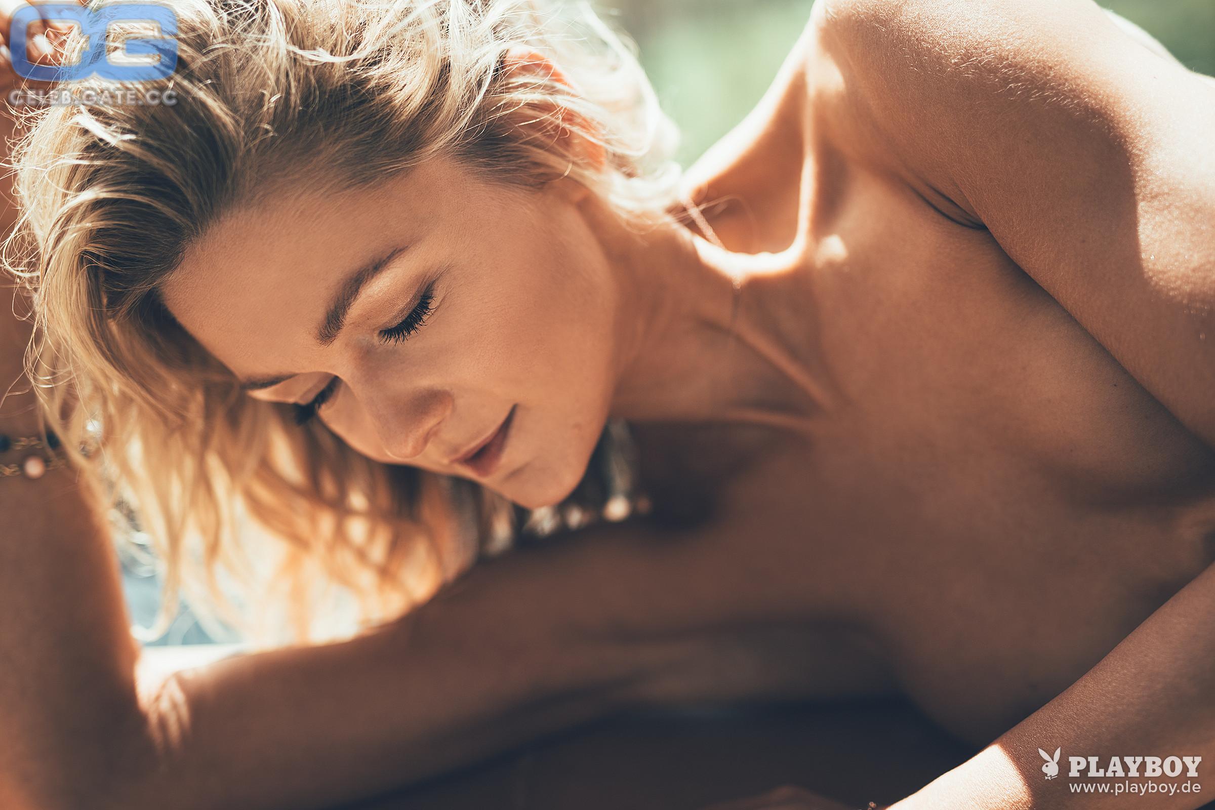 Nackt playboy linda hesse Naked Linda