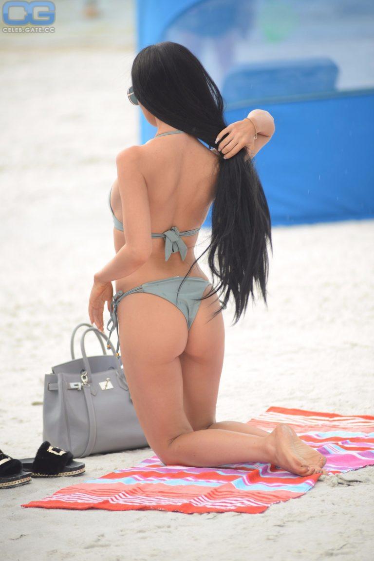 Lisa Opie  nackt