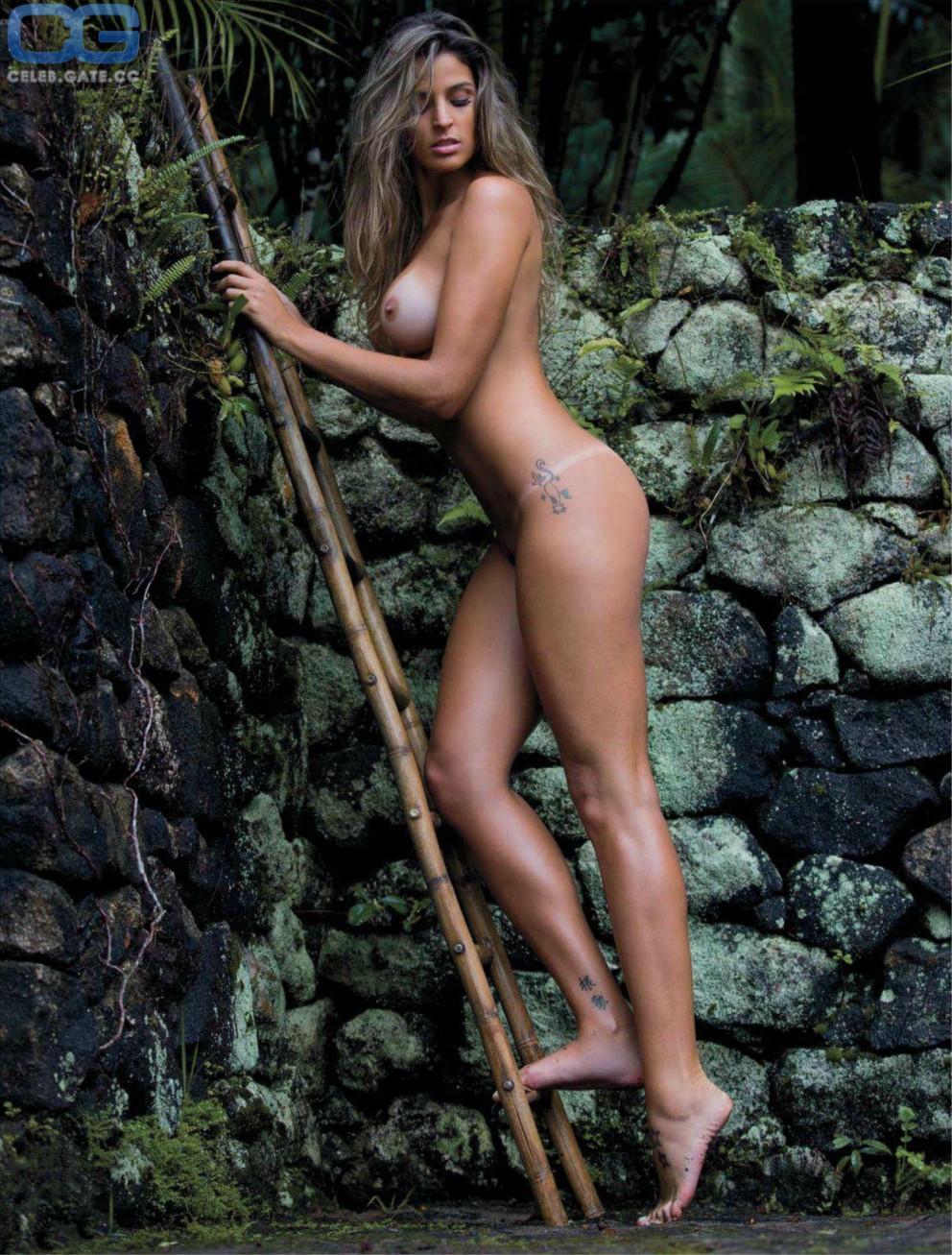 Mariana Costa  nackt