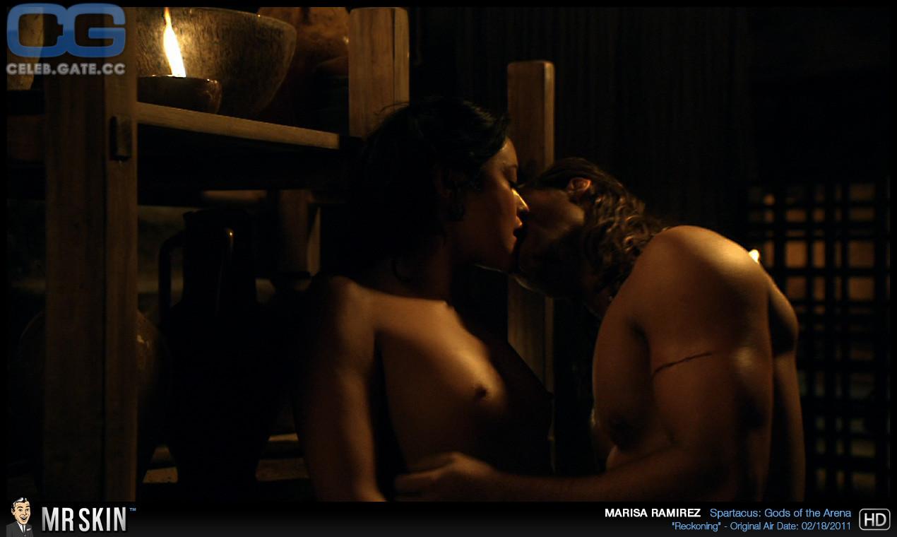 Ramirez  nackt Marisa Marisa Tomei