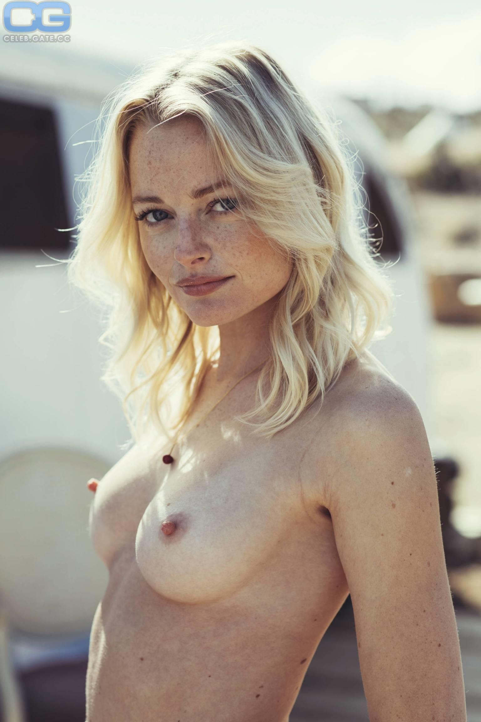 nackt Samperi Megan Megan Samperi