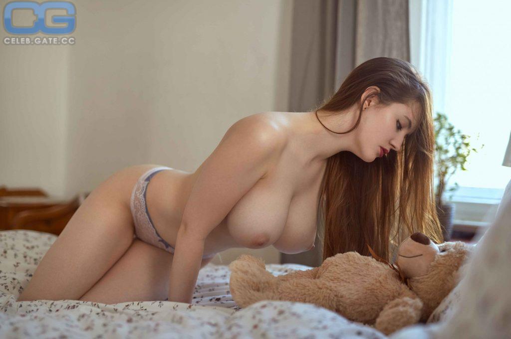 Nackt fotos schmidt Celebs