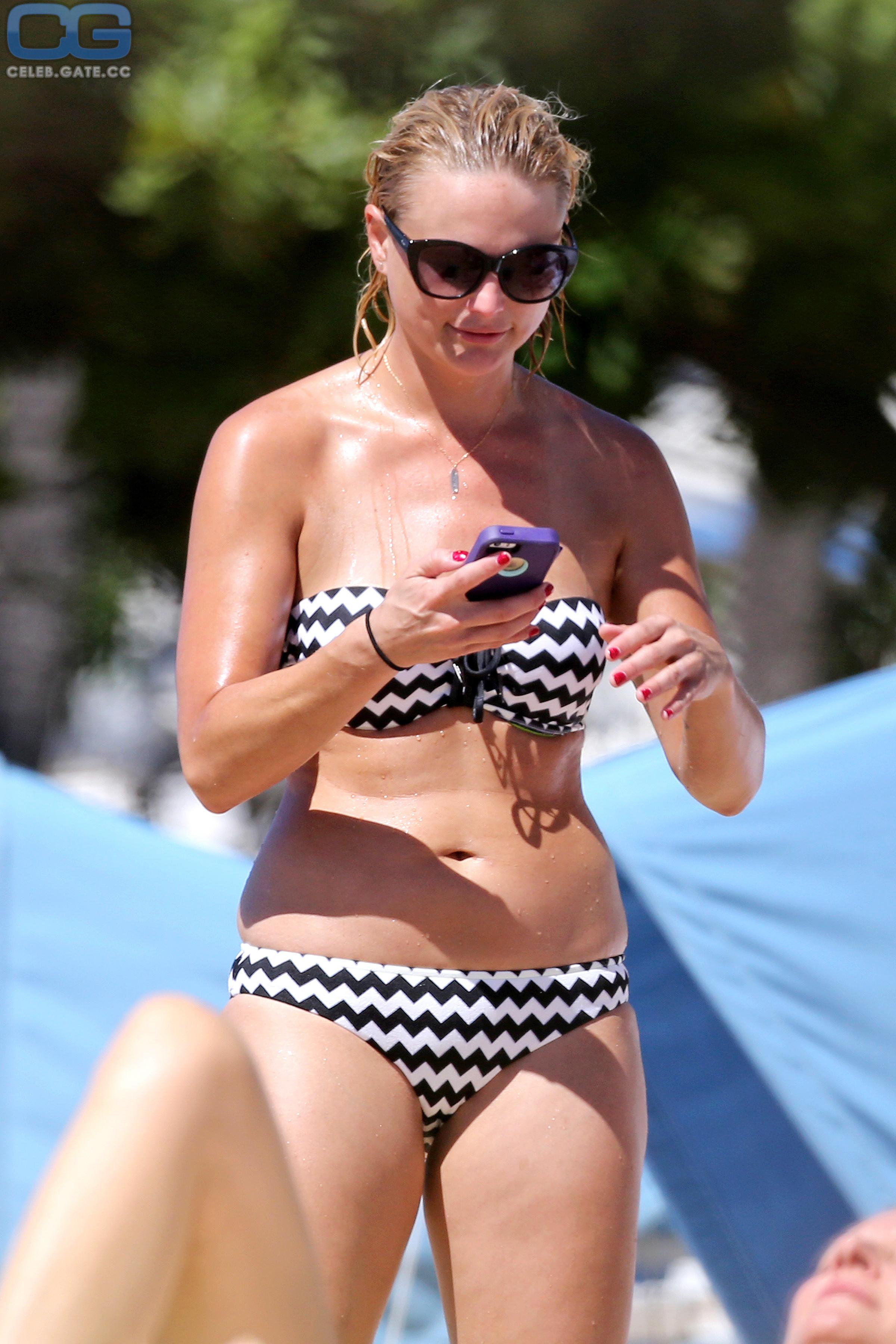 Nude lambert Miranda Lambert