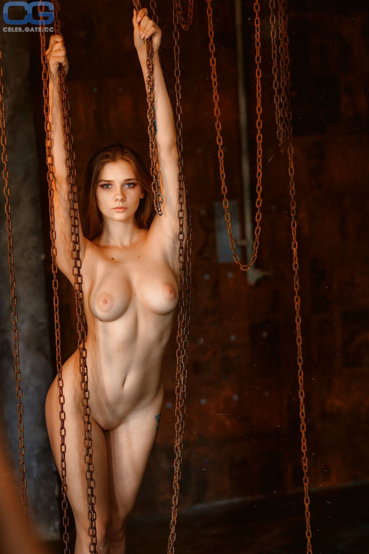 Natalia Tihomirova  nackt