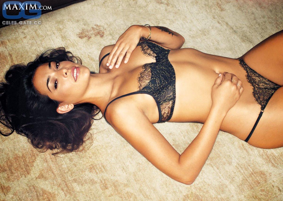 Natalie Mejia  nackt