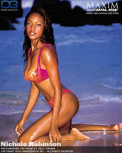 Attractive Mercedes Martinez Nude Pics