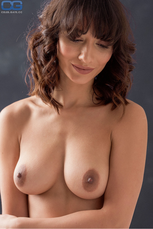 Nicola Griffin  nackt