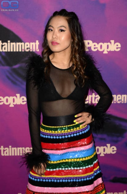 Nackt  Nicole Kang 'Batwoman' Star
