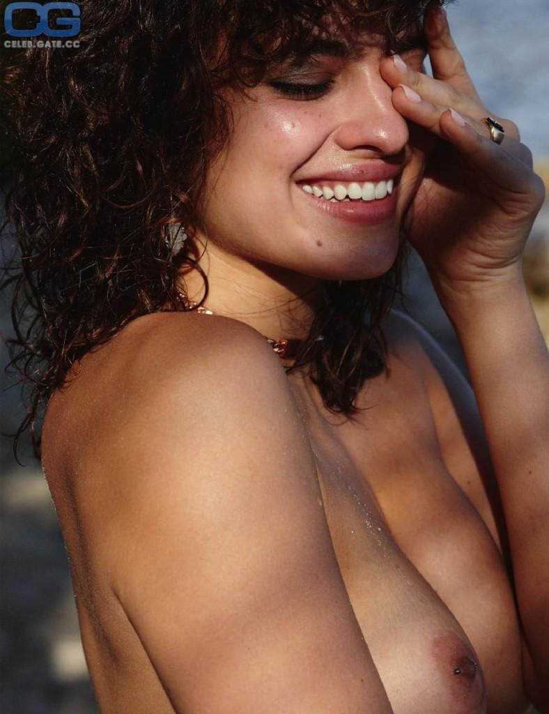 Nackt Nina Daniele  41 Hottest