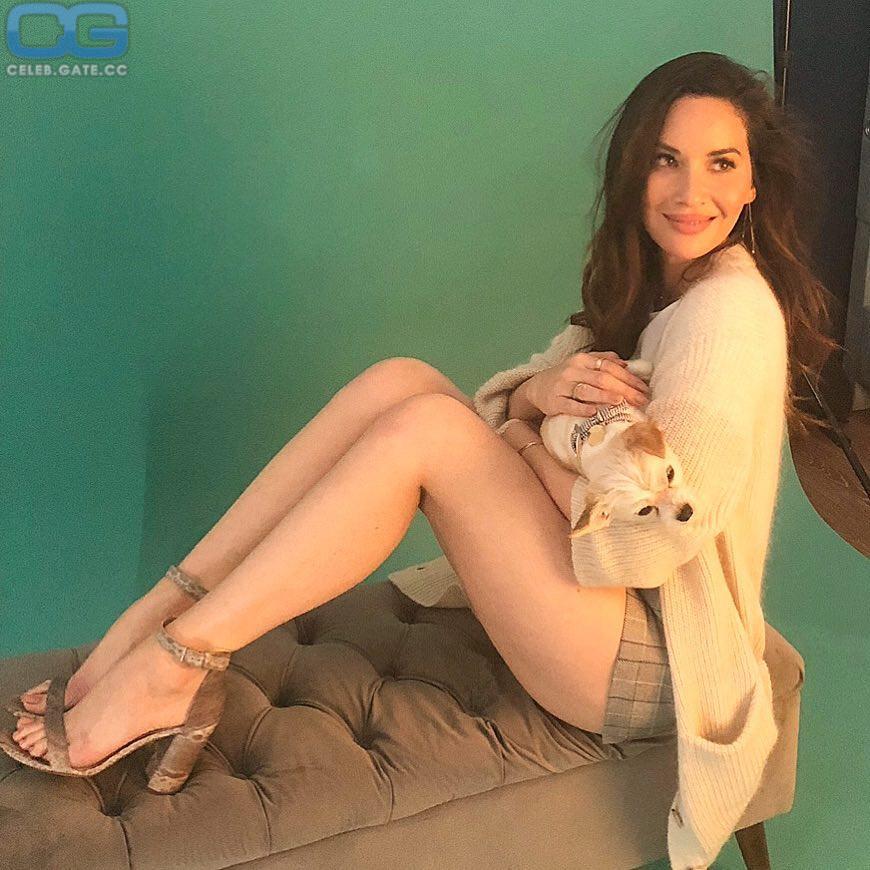 Olivia Munn feet