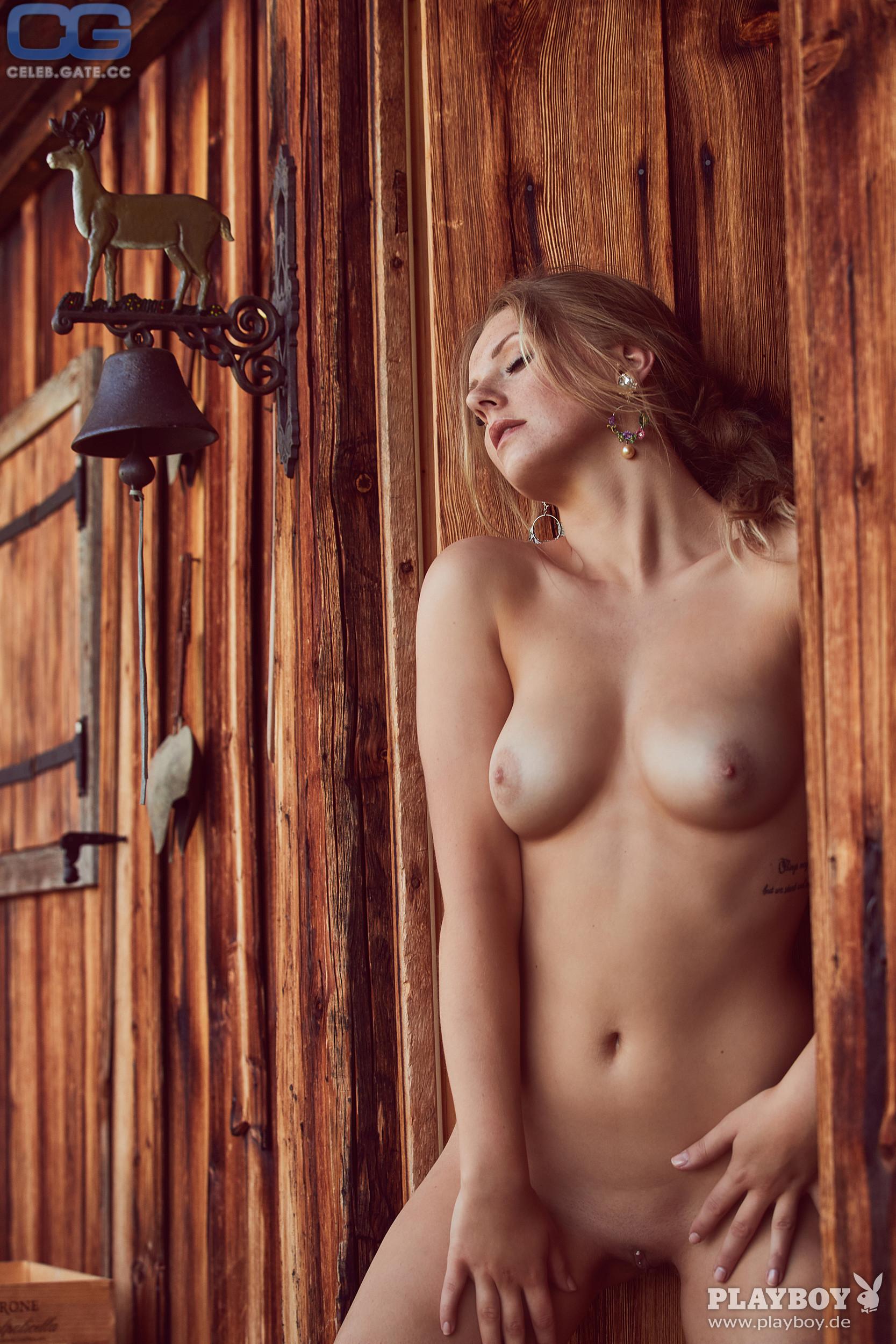 nackt Solarikova Patricie Celebrity Nudes