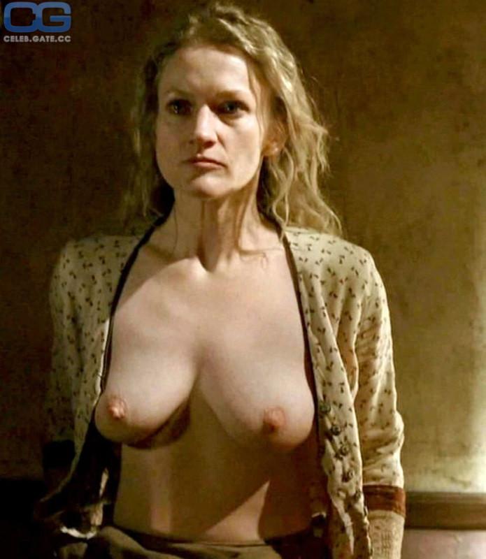 Paula Malcomson Nude
