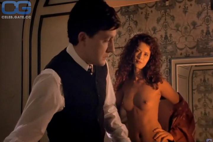 Paris Berelc Nackt