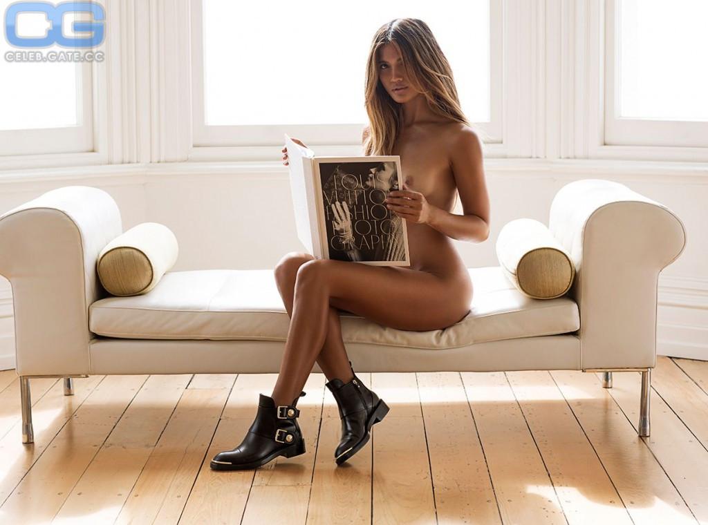 Nackt  Rachel Barnes Rachel Barnes