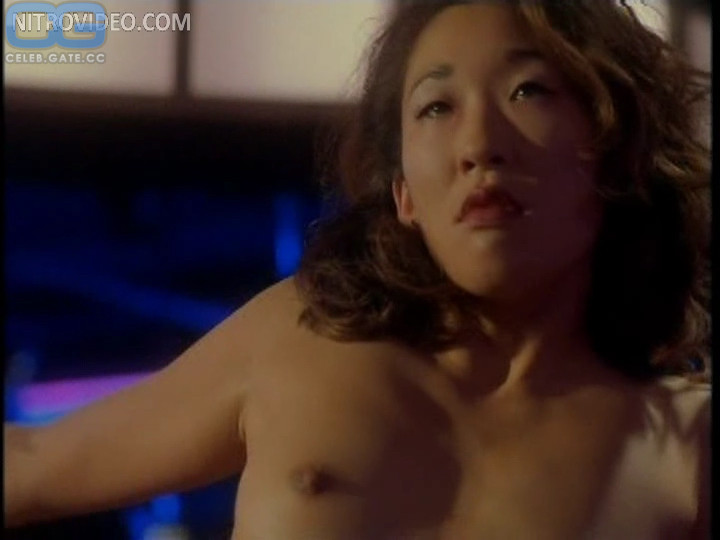 Sarah Oh  nackt