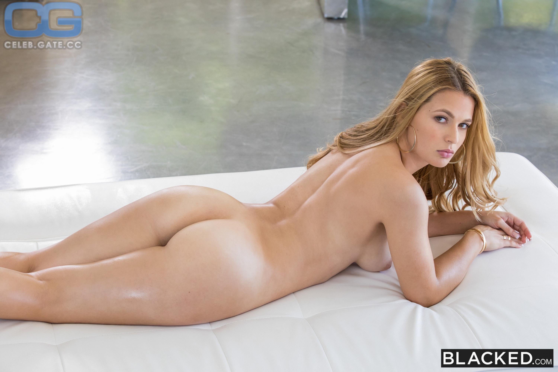 Cora harper nude