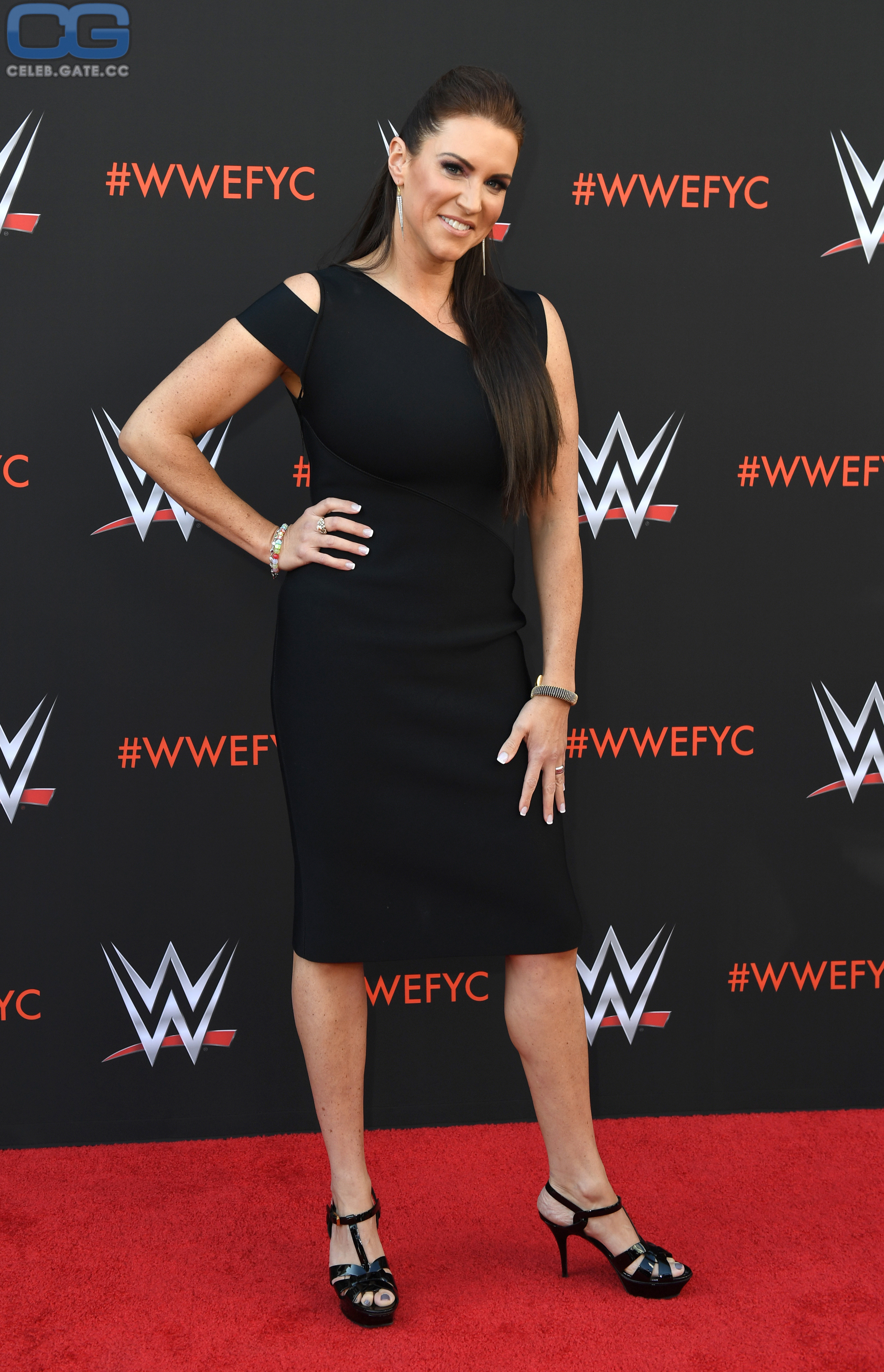 McMahon nackt Shannon  41 Sexiest