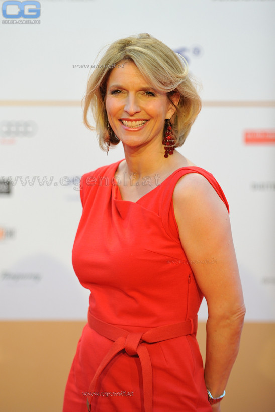 Susanne Holst  nackt
