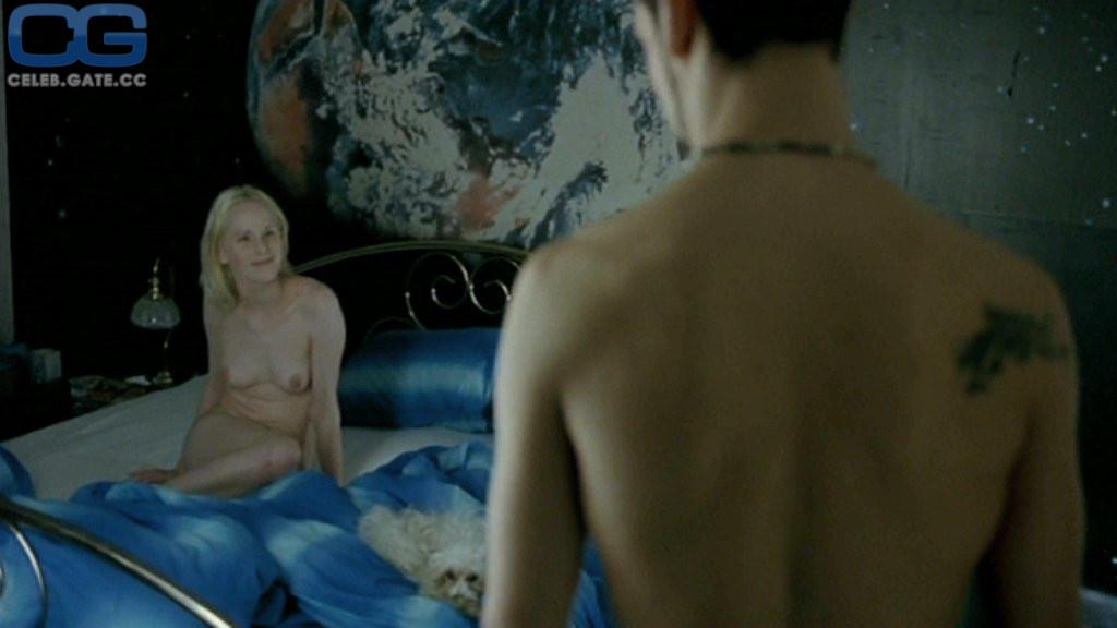 Susanne Wuest  nackt