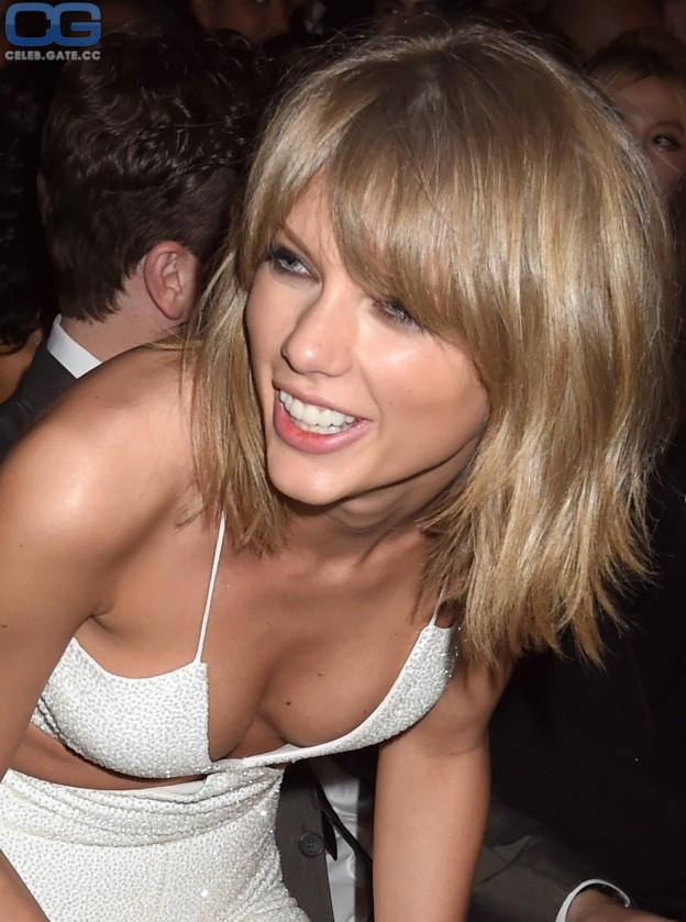 Taylor Swift  nackt