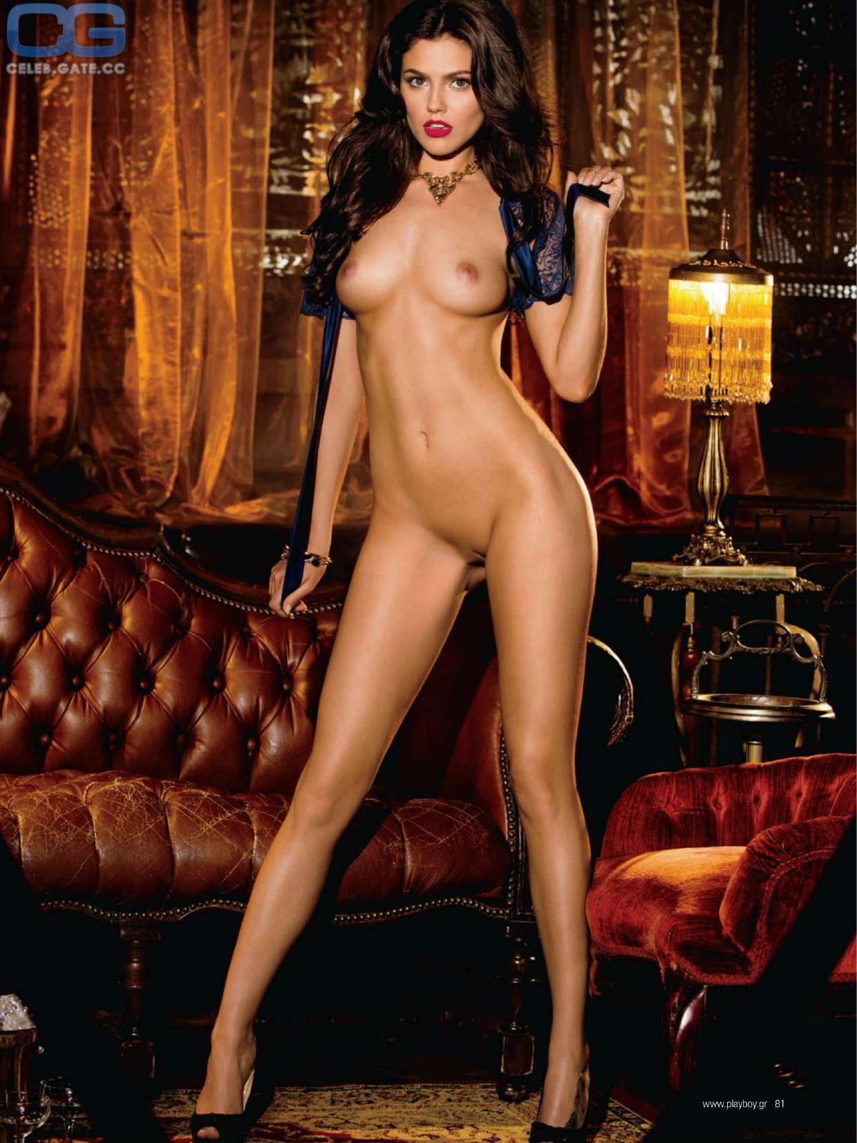 Attractive Pictures Of Vanessa Naked Uncensored Scenes