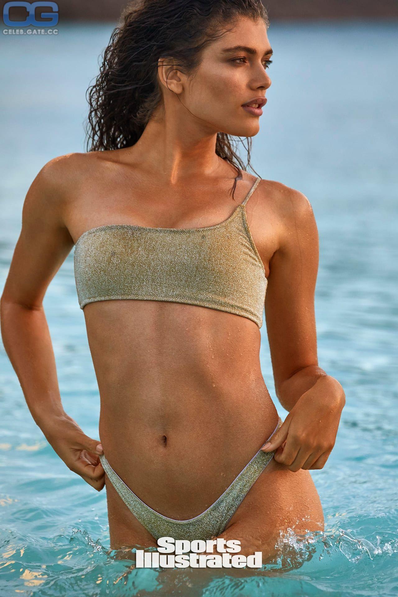 Sampaio nackt Valentina  Sports Illustrated