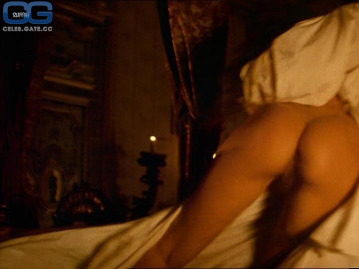 Nackt bilder golino valeria Valeria Golino