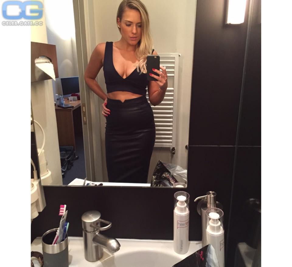 Vanessa Meisinger Nackt