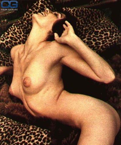 Vicky Longley  nackt