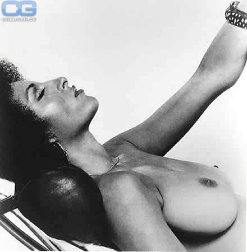 Pam Grier Nude, Pictures, Photos, Playboy, Naked, Topless -2149