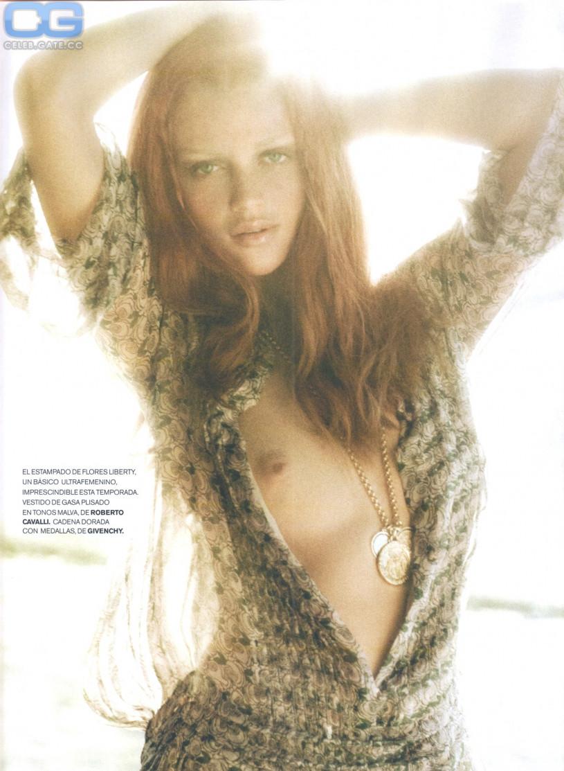 dicker nude shoot Cintia