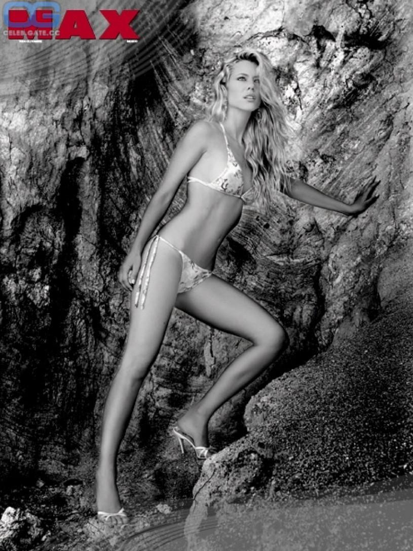 Nicole Neumann Nude 23