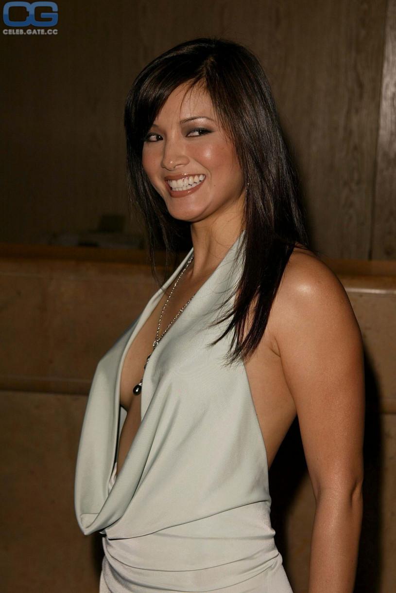Kelly Hu Nacktbilder Archives - FAQyeahcom