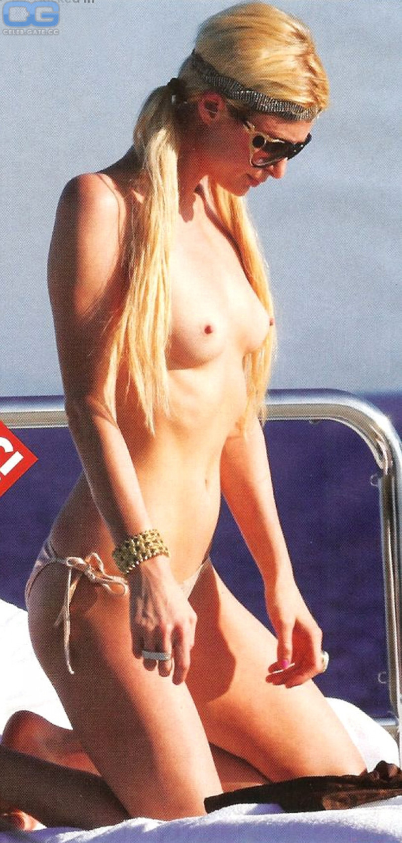 paris-hilton-topless-pictures-big-booty-breast-nude