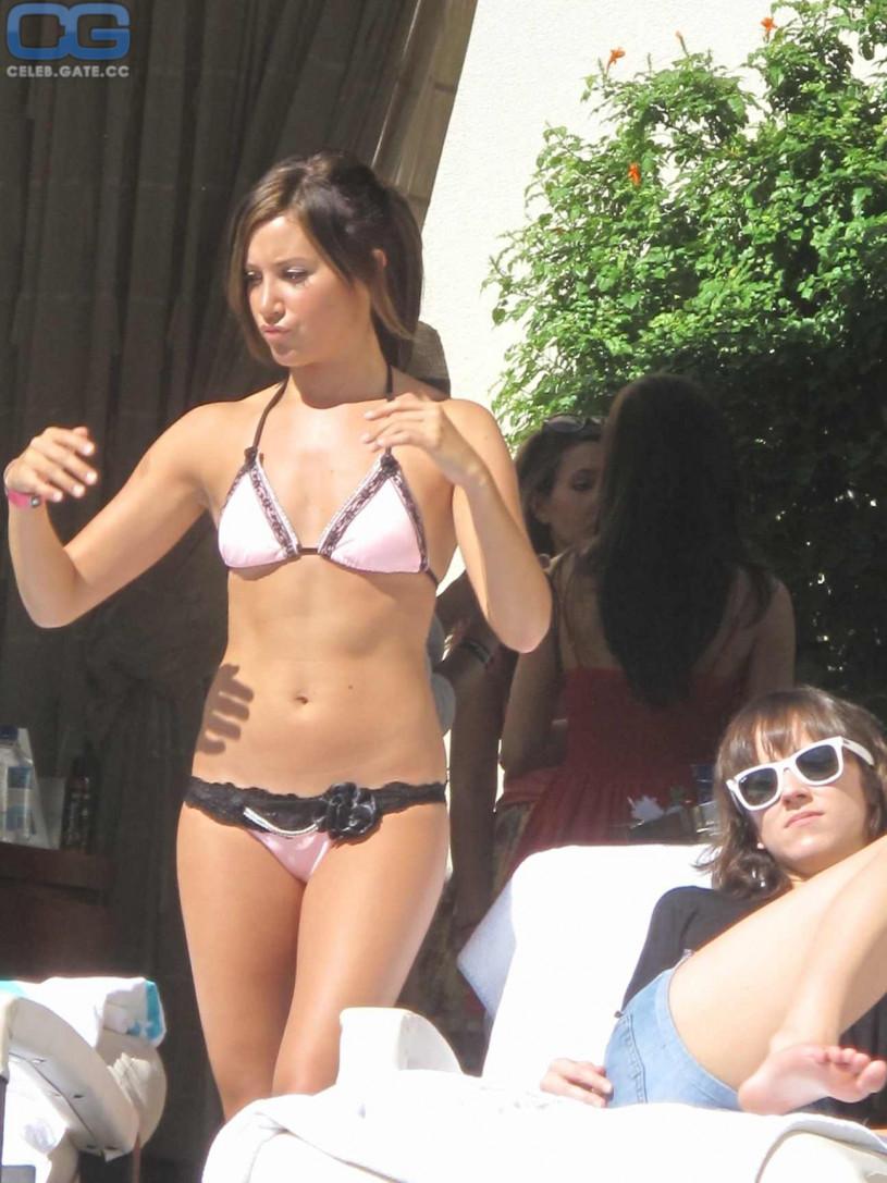 Kat torres topless,Jennifer Love Hewitt's Hottest Moments Video Porno archive Fitness bikini naked,Signe Rasmussen Fappening