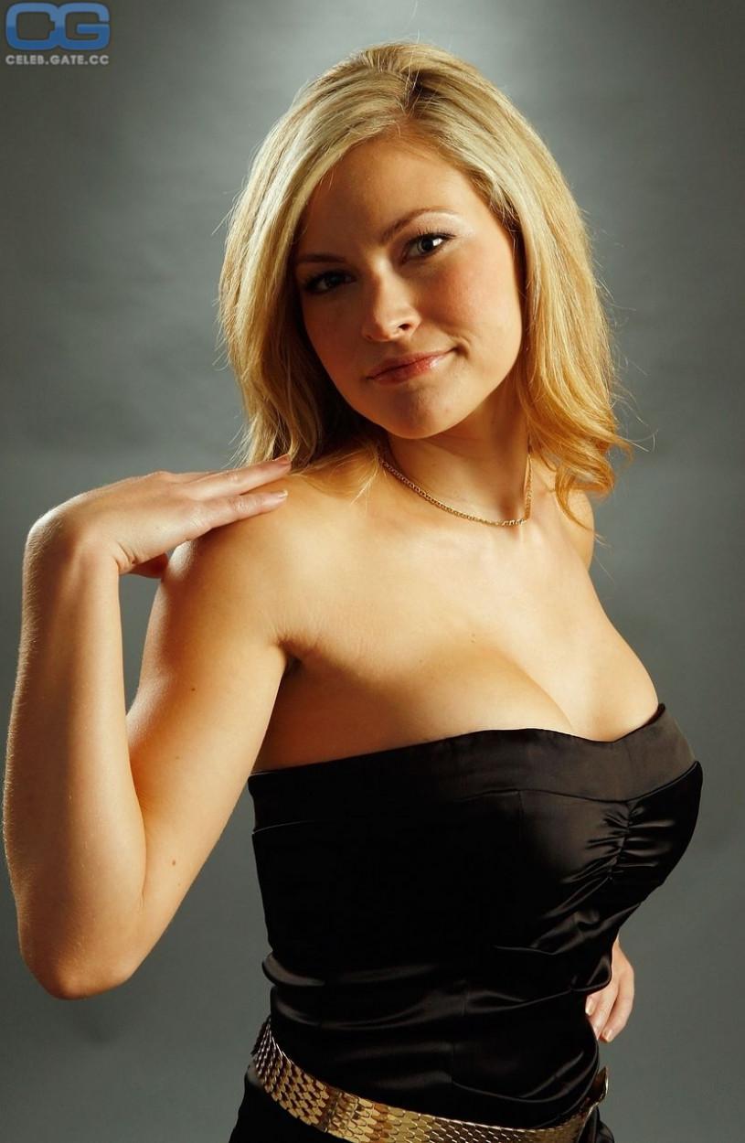 100 Photos of Amanda Loncar Nude