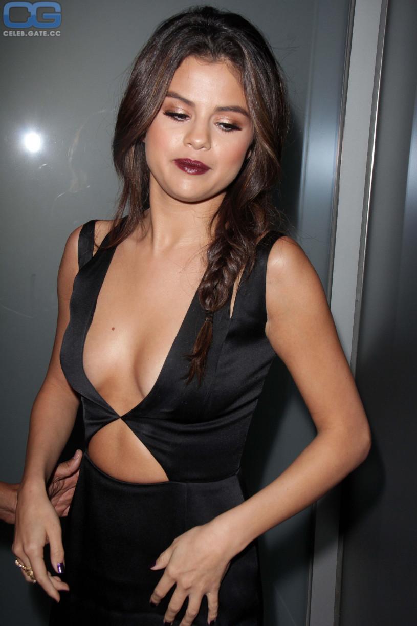 Celebrity cum face